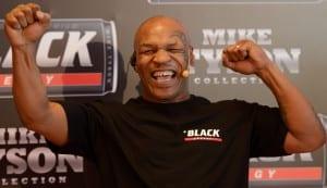 Mike Tyson w radosnym uniesieniu