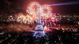 Fireworks on Eiffel Tower